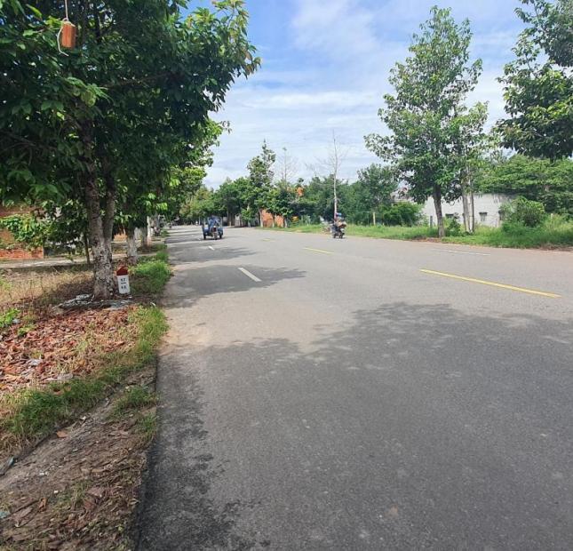 Bán gắp lô đất 3 mặt tiền QL 55, xã Bình Châu, huyện Xuyên Mộc.