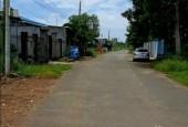 Cần bán 4 lô đất liền kề đường Tôn Thất Tùng, thị trấn Đất Đỏ, huyện Đất Đỏ.